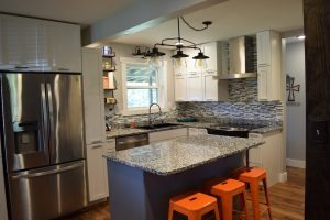 Is it better to Replace or reface your kitchen cabinets? We have a few tips you can use